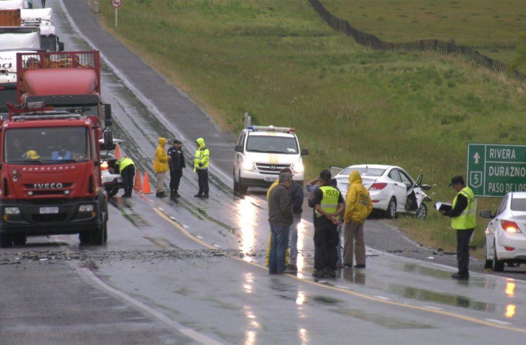 Choque frontal entre auto y camioneta dejó un muerto y tres heridos en ruta 5