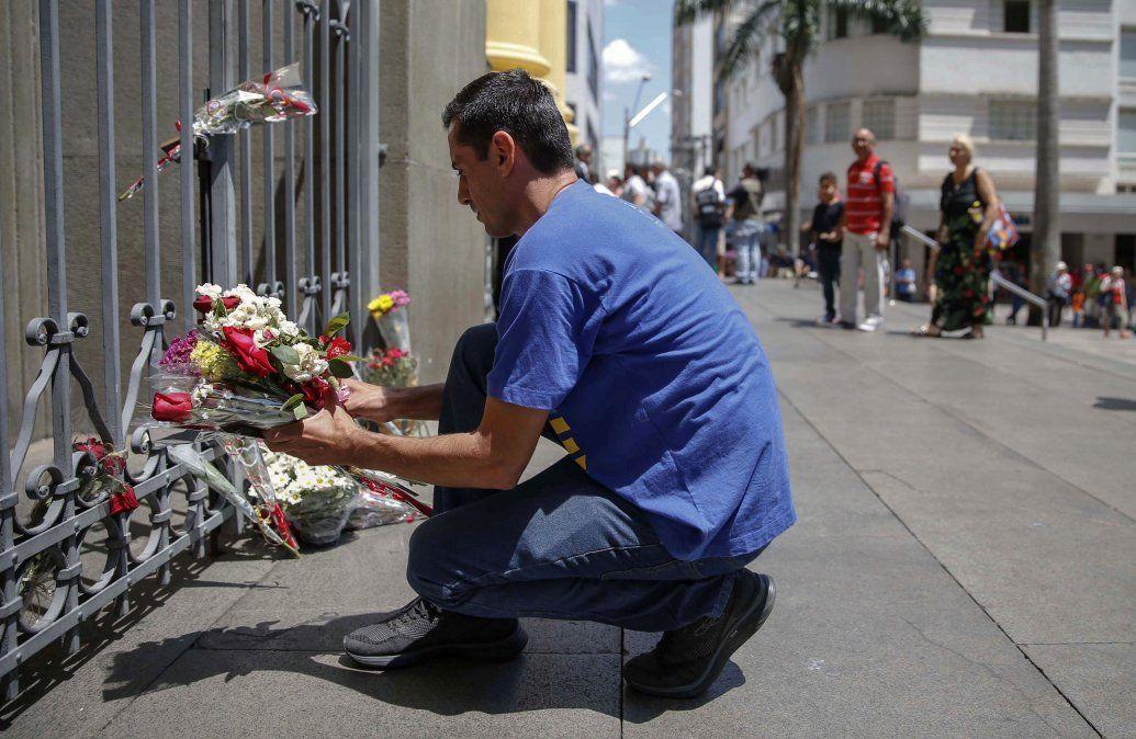 Muere la quinta víctima del tirador suicida de la matanza de Brasil