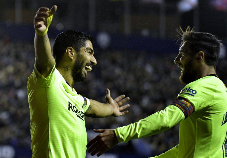 Con gol de Suárez y triplete de Messi, el Barcelona ganó 5-0 contra Levante