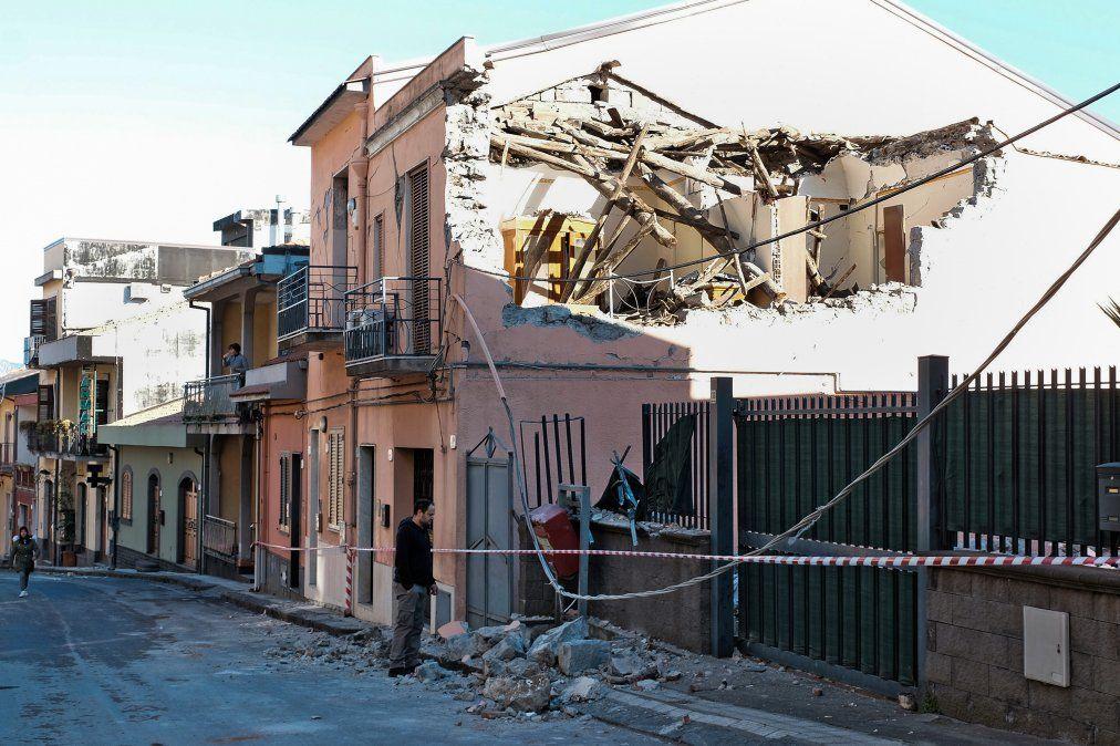 Los daños en las viviendas tras el terremoto de 4.8 de magnitud en Zafferana Etnea