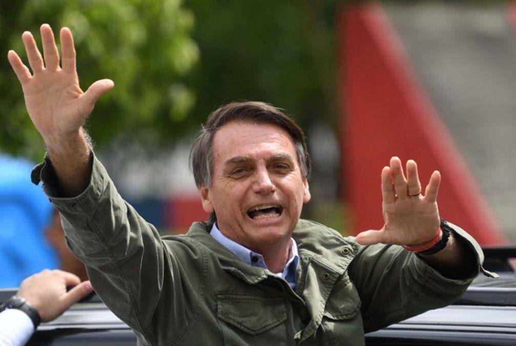 Bolsonaro quiere liberar posesión de armas para quien no tenga antecedentes criminales