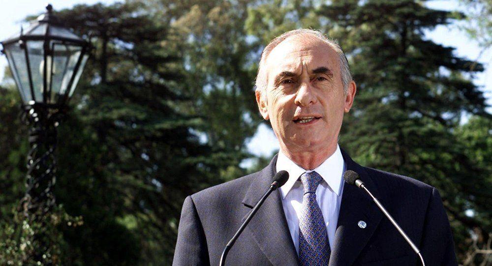 Expresidente argentino De la Rúa hospitalizado por cuadro cardíaco