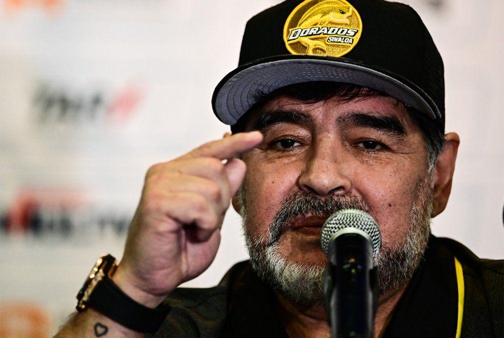 Maradona fue internado de urgencia tras detectarle sangrado intestinal