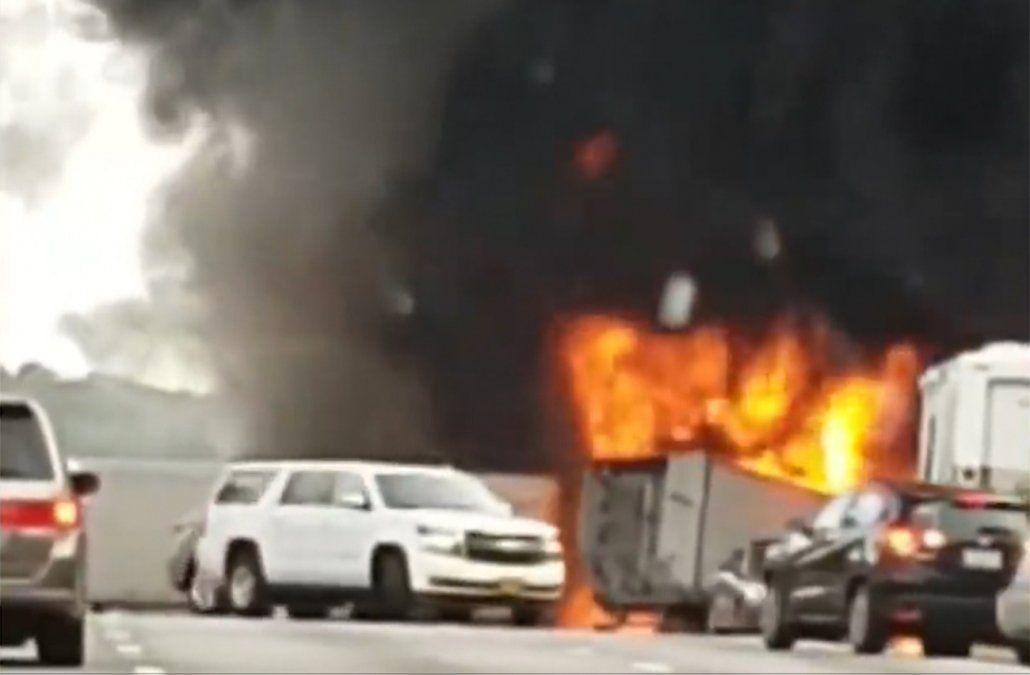 Cinco niños y dos adultos murieron en un brutal accidente camino a Disney