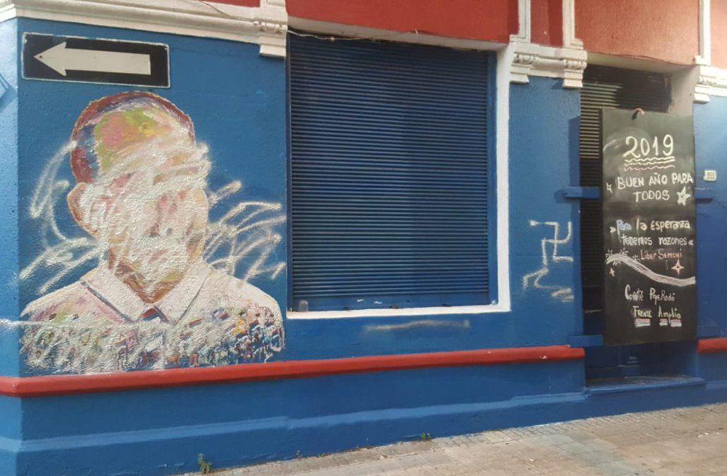 Vandalizaron la fachada del Comité del Frente Amplio del Parque Rodó