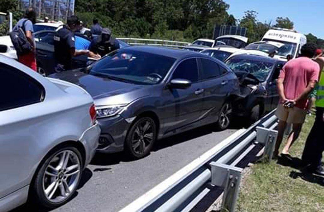 Choque en cadena de siete vehículos en la Interbalnearia dejó cinco lesionados