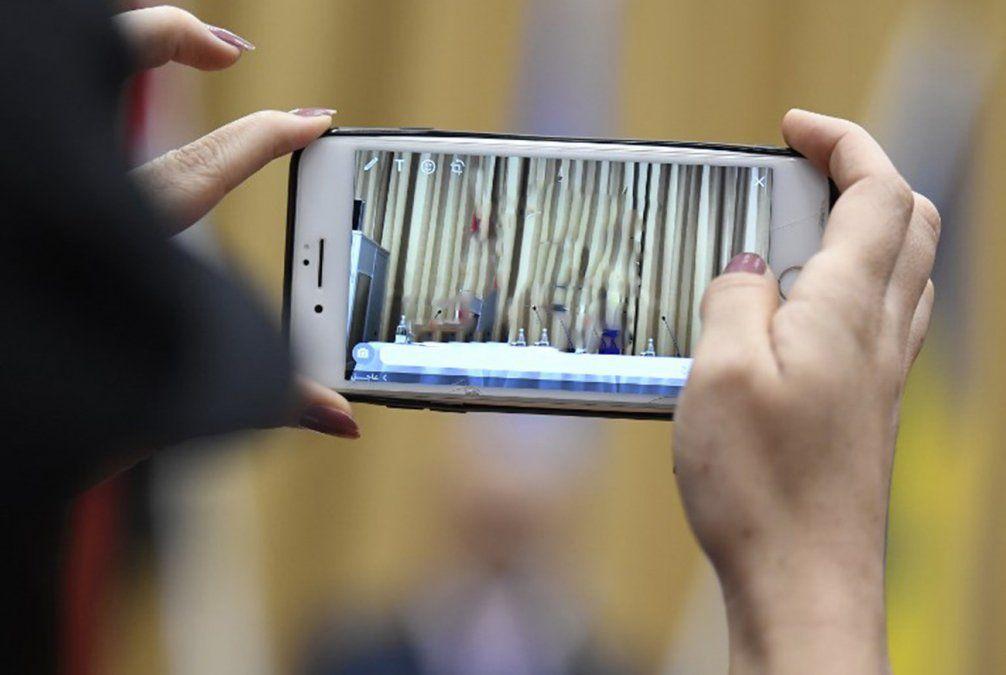Mujeres en Arabia Saudita serán notificadas de su divorcio por mensaje de texto