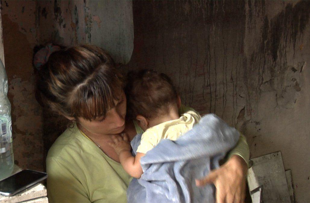Un incendio destruyó una vivienda y dejó a una familia con cuatro niños en la calle