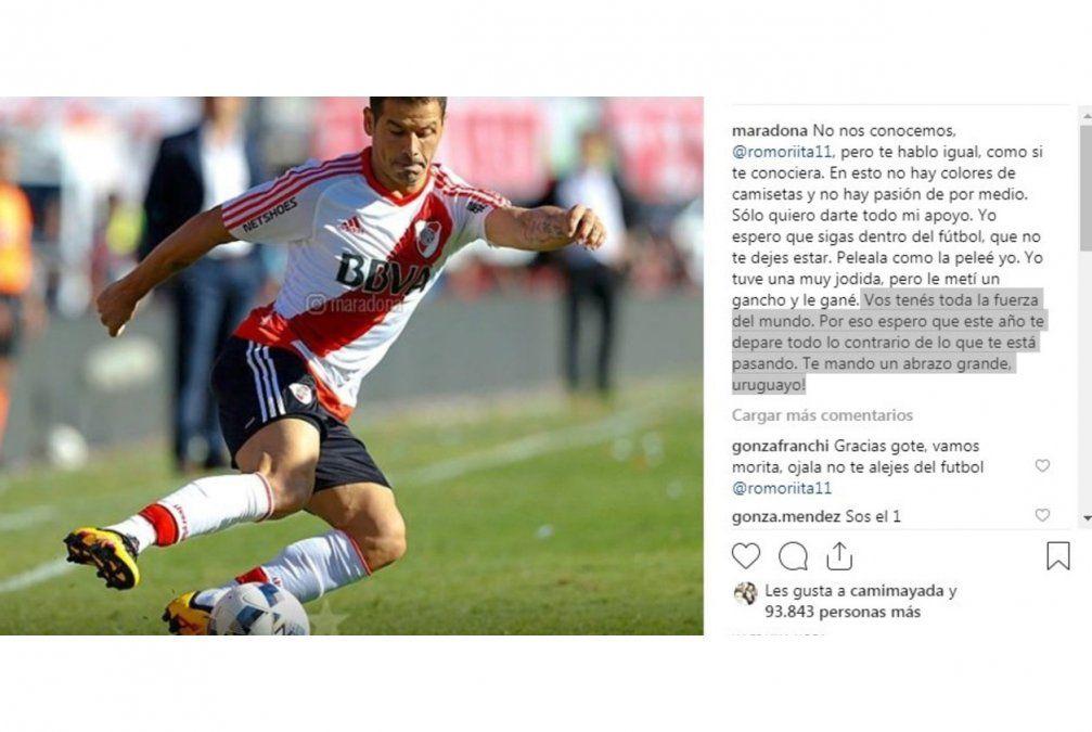 El mensaje de Maradona a Rodrigo Mora. El excapitán de la selección argentina jugó sus últimos años con serias lesiones físicas.