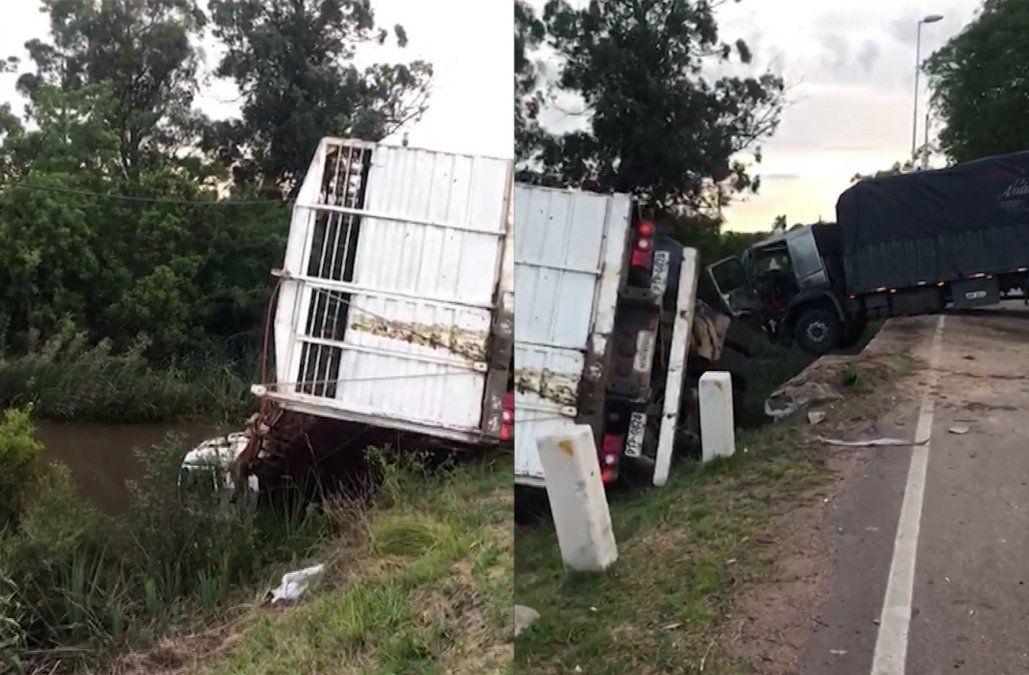 Accidente carretero involucró a dos camiones, un ómnibus y un auto en Tala