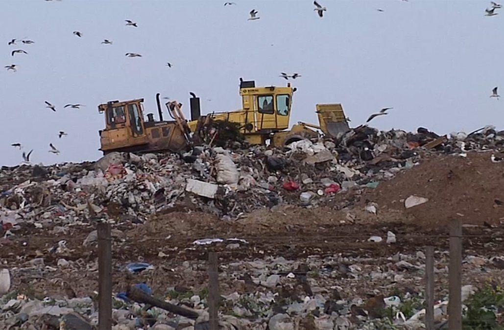 Hallaron el cuerpo de un hombre en la usina de residuos de Felipe Cardoso