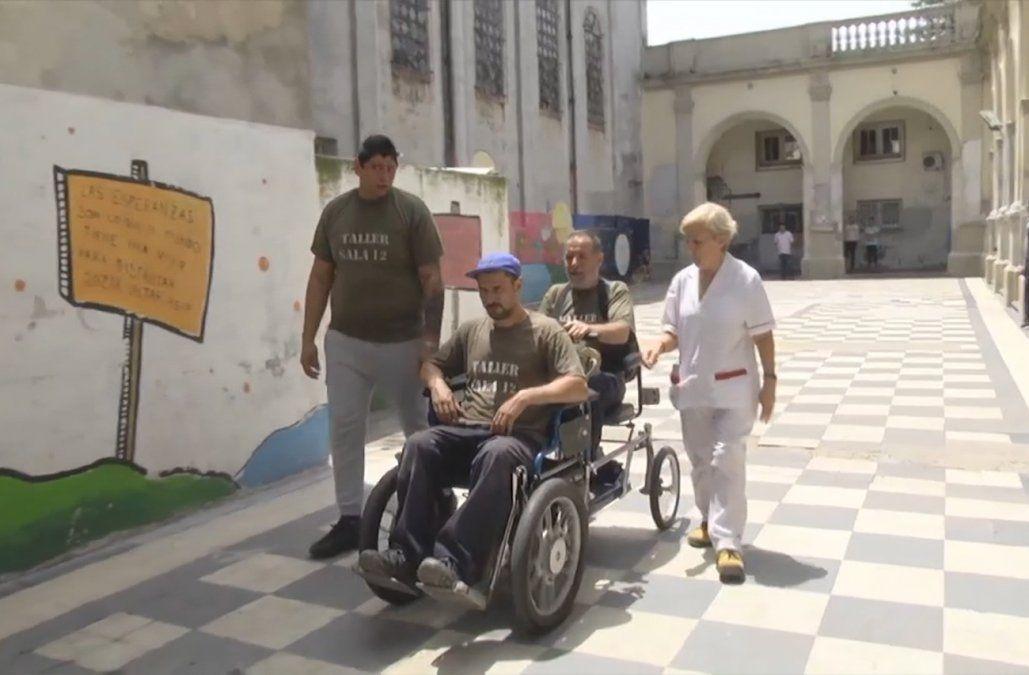 Pacientes del taller del Vilardebó crearon una silla de ruedas muy especial