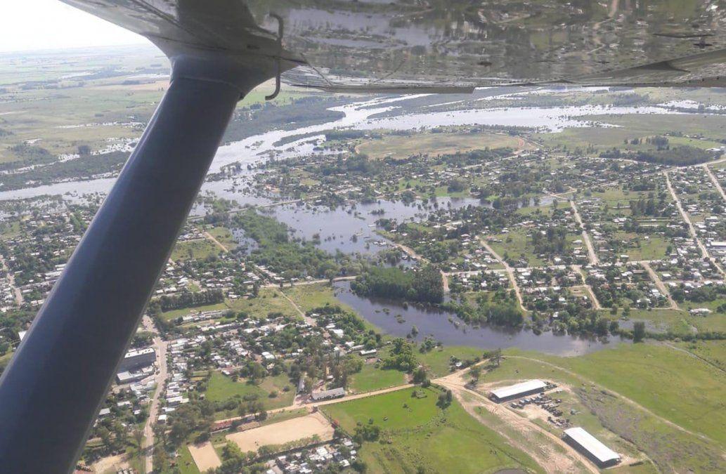 Hay cerca de 500 personas desplazadas por las crecidas de los río Yi y Uruguay