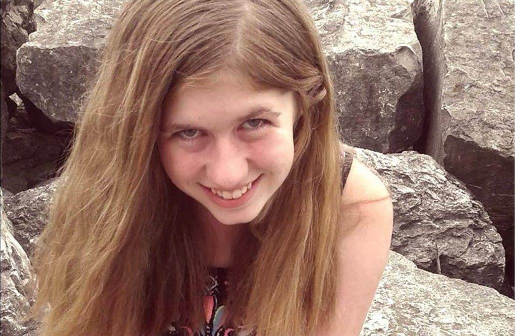 Encuentran en EE.UU a una adolescente; era buscada desde el asesinato de sus padres en octubre
