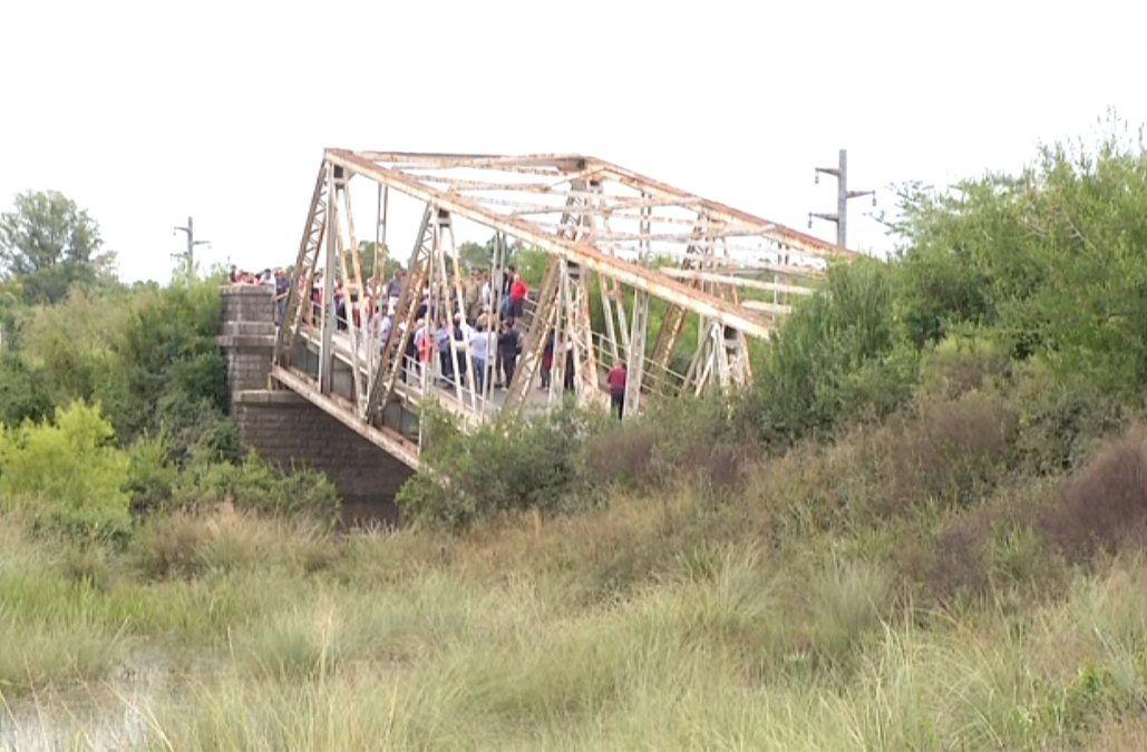 Instalarán una balsa para restablecer la comunicación en Sarandí del Yí tras colapso del puente
