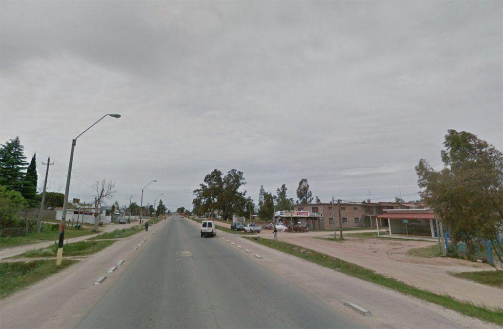 Accidente fatal en Ruta 1 tras chocar una camioneta con una moto