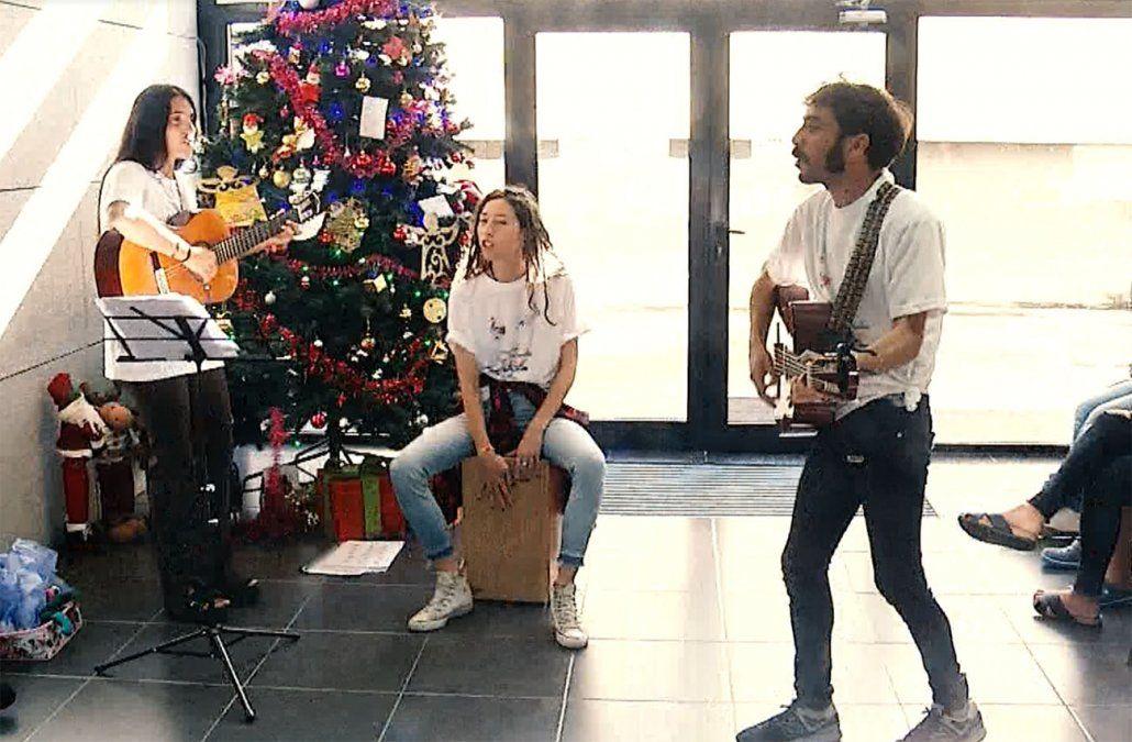 Luján creó Mimos al alma que lleva música y alegría a la Fundación Pérez Scremini