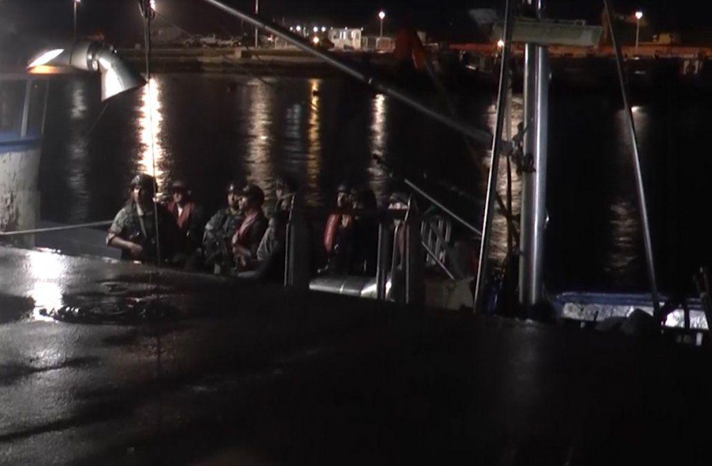 Pesca ilegal: capturaron un barco brasileño en aguas uruguayas