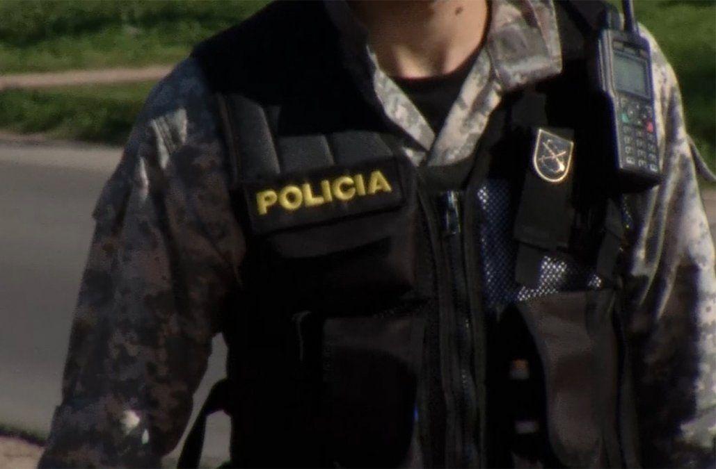 Cuatro policías fueron rapiñados en lo que va de enero, a todos les robaron el arma