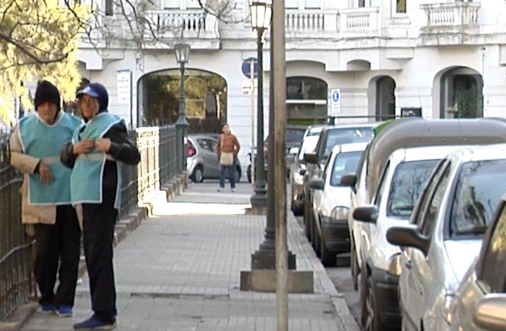 La IM advierte presencia de cuidacoches irregulares que exigen dinero a conductores