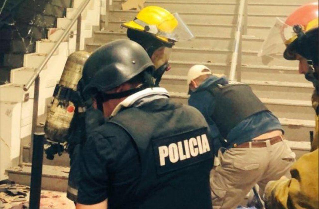 24 horas más de detención para el padre del delincuente muerto en explosión del cajero