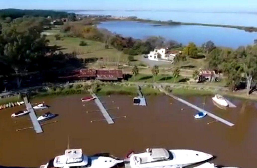 Buscan al comando que copó tres casas en Carmelo y huyó por el río