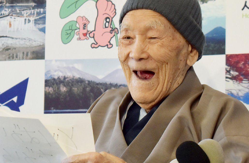 Fallece a los 113 años el hombre más viejo del mundo