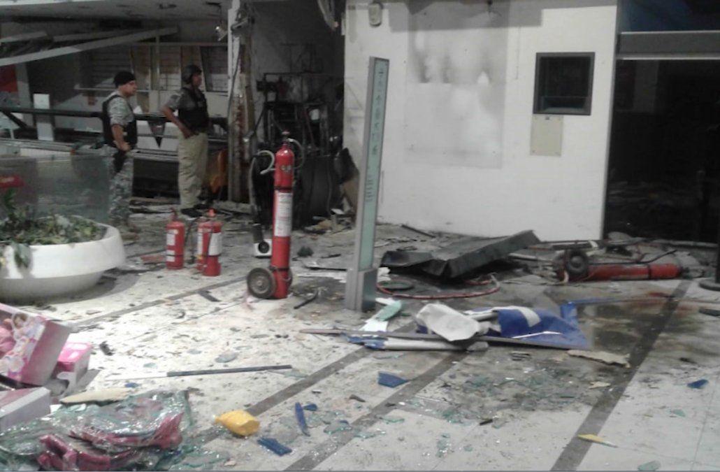 Condenaron al delincuente que resultó herido en la explosión del cajero del shopping
