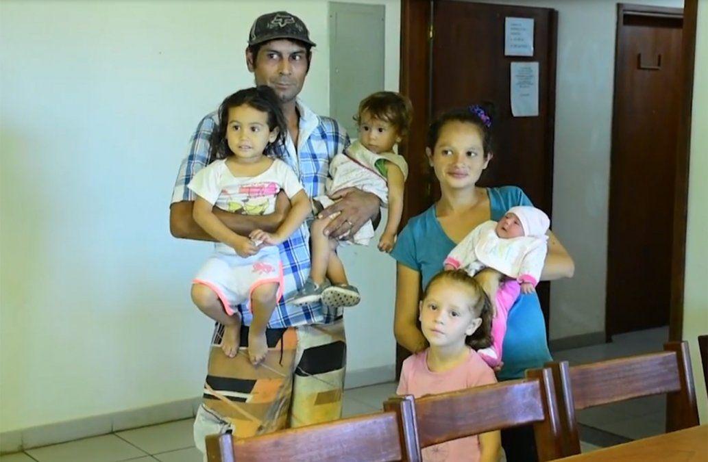 Familia salteña afectada por inundaciones tuvo una hija en un refugio estudiantil