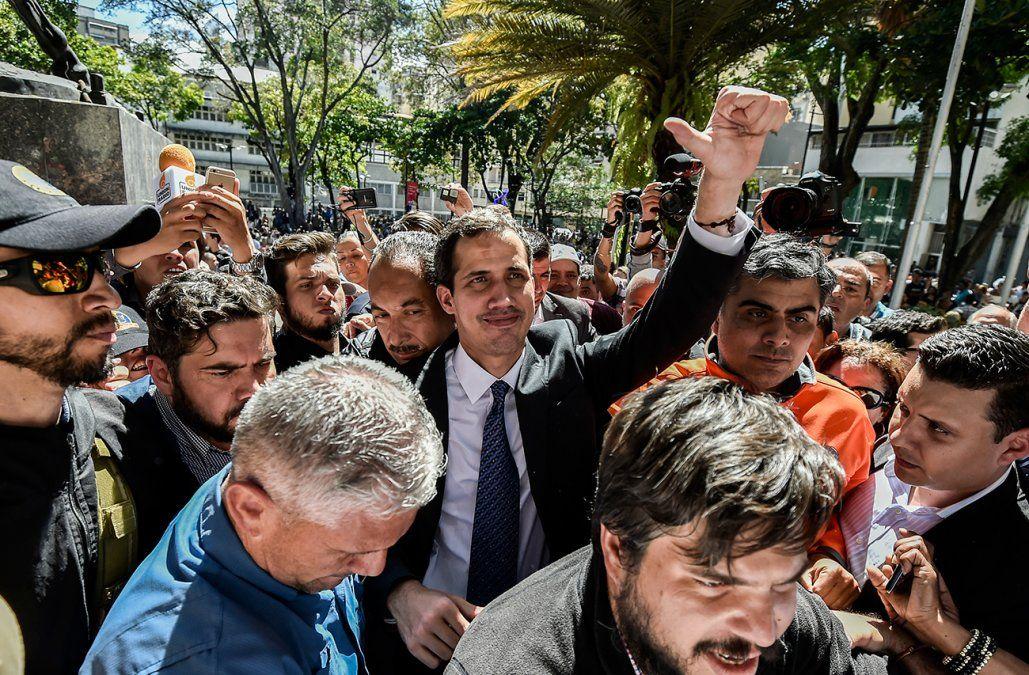 Guaidó respondió a propuesta de Uruguay y México: pafalso diálogo aquí nadie se presta