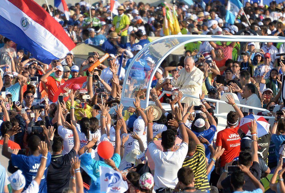 El Papa pidió una solución justa y pacífica para Venezuela