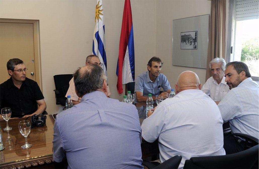 Vázquez recibió a los viticultores para analizar la situación financiera del sector