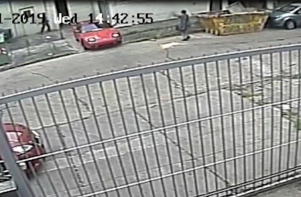 Mataron a otro policía de varios disparos en la calle y el asesino quedó filmado