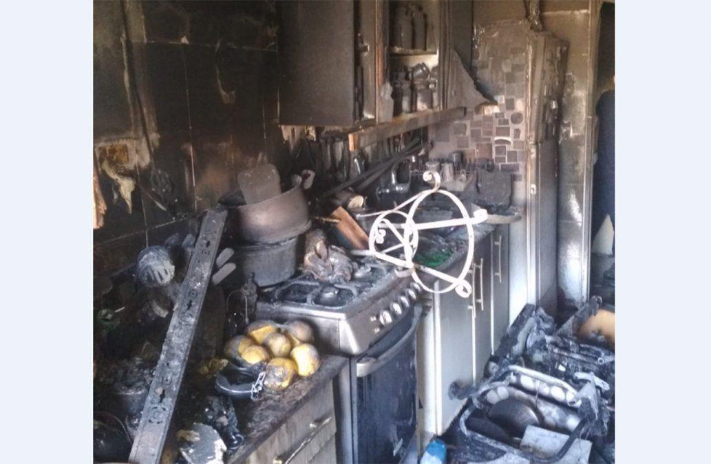 Incendio en el Panamericano dejó cuatro personas heridas, una de ellas de gravedad