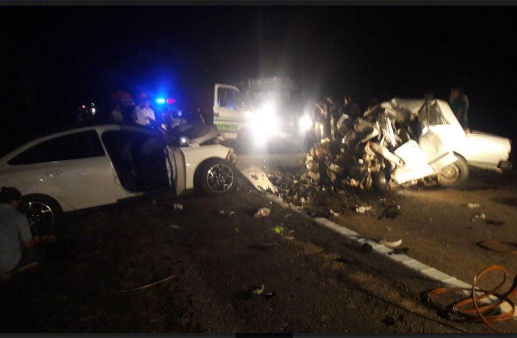 Dos fallecidos en accidente de tránsito con cinco vehículos involucrados en Rocha