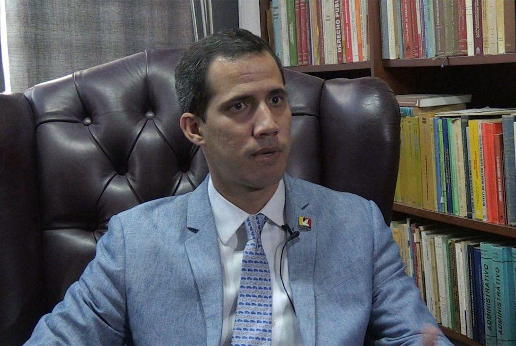 Guaidó dispuesto a autorizar la intervención militar de EE.UU. en Venezuela