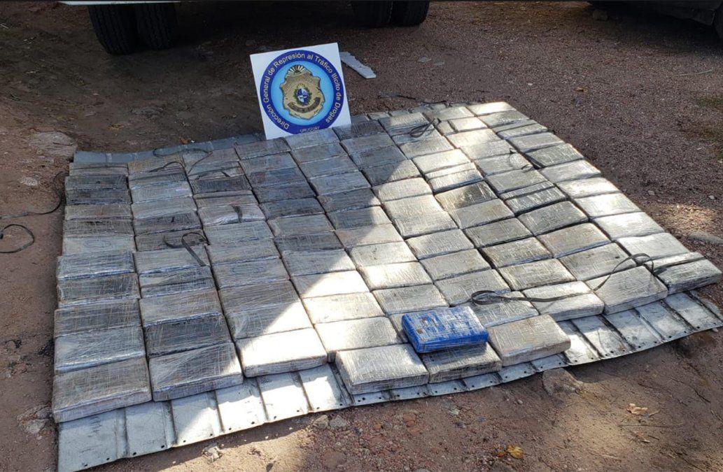 Detienen a pareja con más de 100 kilos de cocaína en Ruta 7