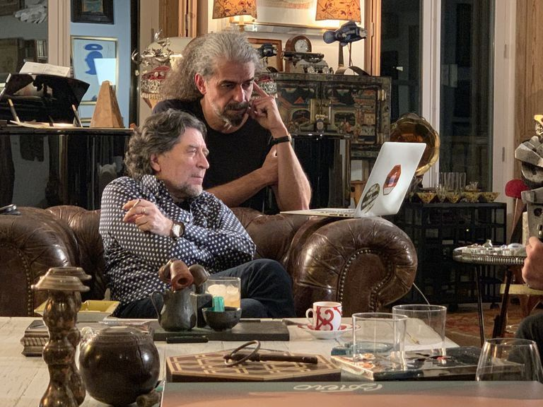 Con el director Aranoa trabajando en el guión de la serie para TV