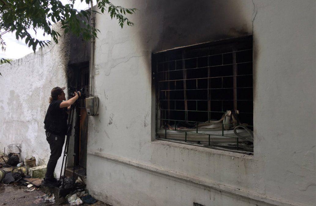 Dejó la cocina encendida y cuando volvió tenía la casa en llamas