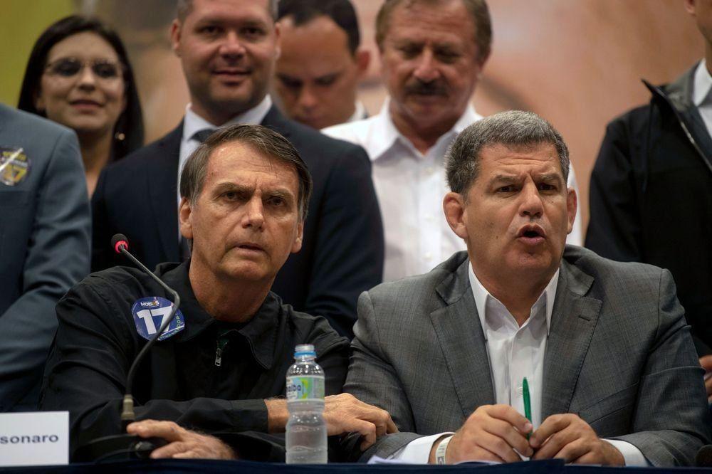 Bolsonaro despide por corrupción a su primer ministro