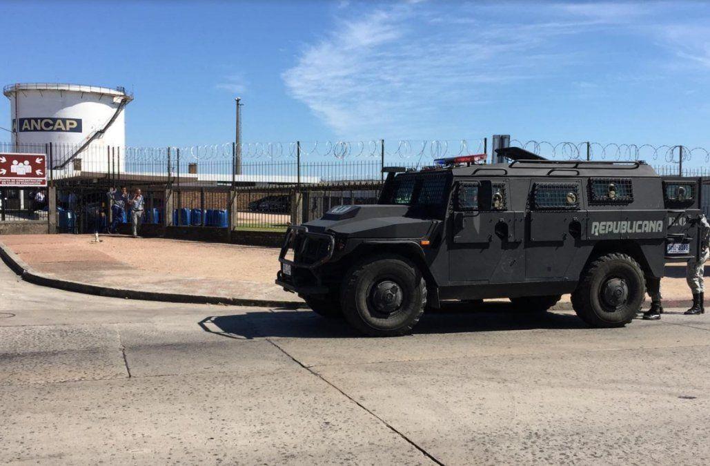 La Guardia Republicana llegó a La Tablada mientras negocian cese del bloqueo