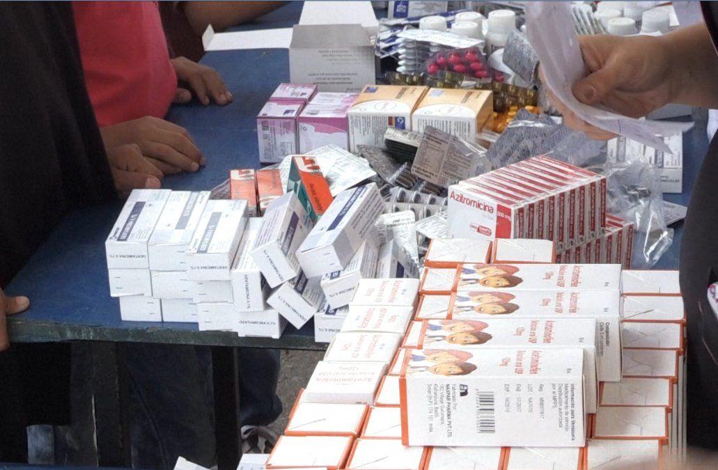 El gobierno evalúa enviar medicina de forma regular a uruguayos en Venezuela