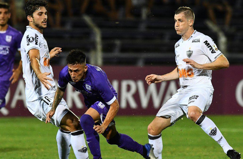 Defensor cayó ante Atlético Mineiro 2 a 0 en el Franzini