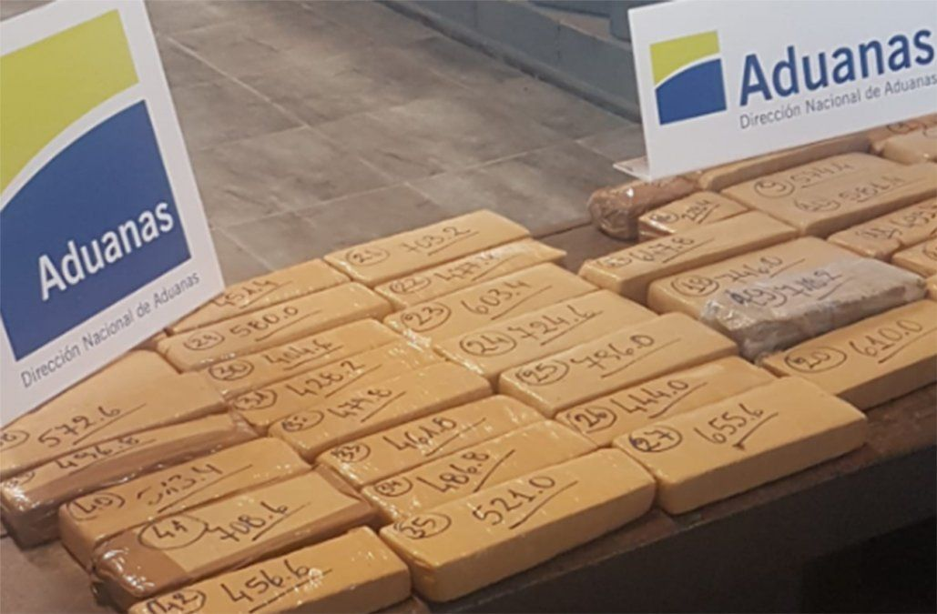 Aduana incautó 23 kilos de marihuana a pasajero de ómnibus en Chuy