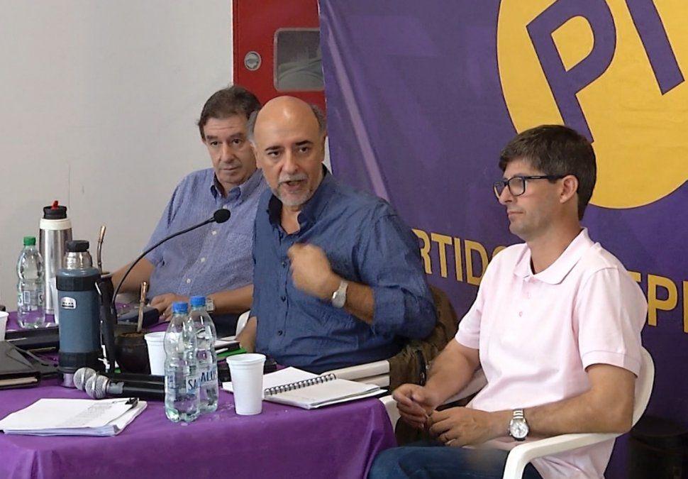 Partido Independiente presenta medidas para mejorar competitividad del Estado