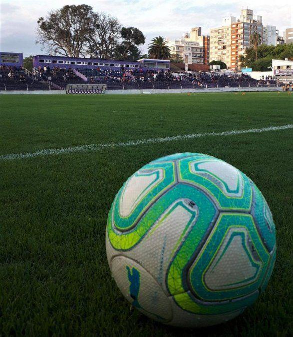 Cerro Largo gana su segundo partido en Primera División: 3-0 contra Defensor