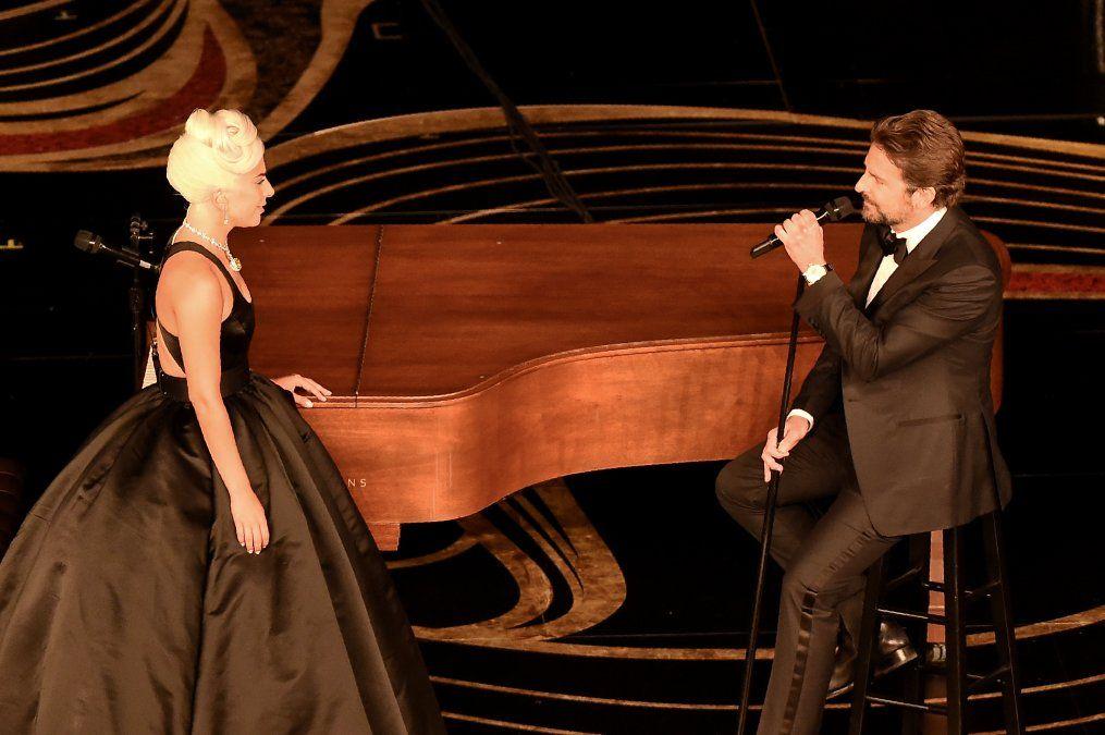 La química entre Lady Gaga y Bradley Cooper, en el centro de la atención de los premios Oscar