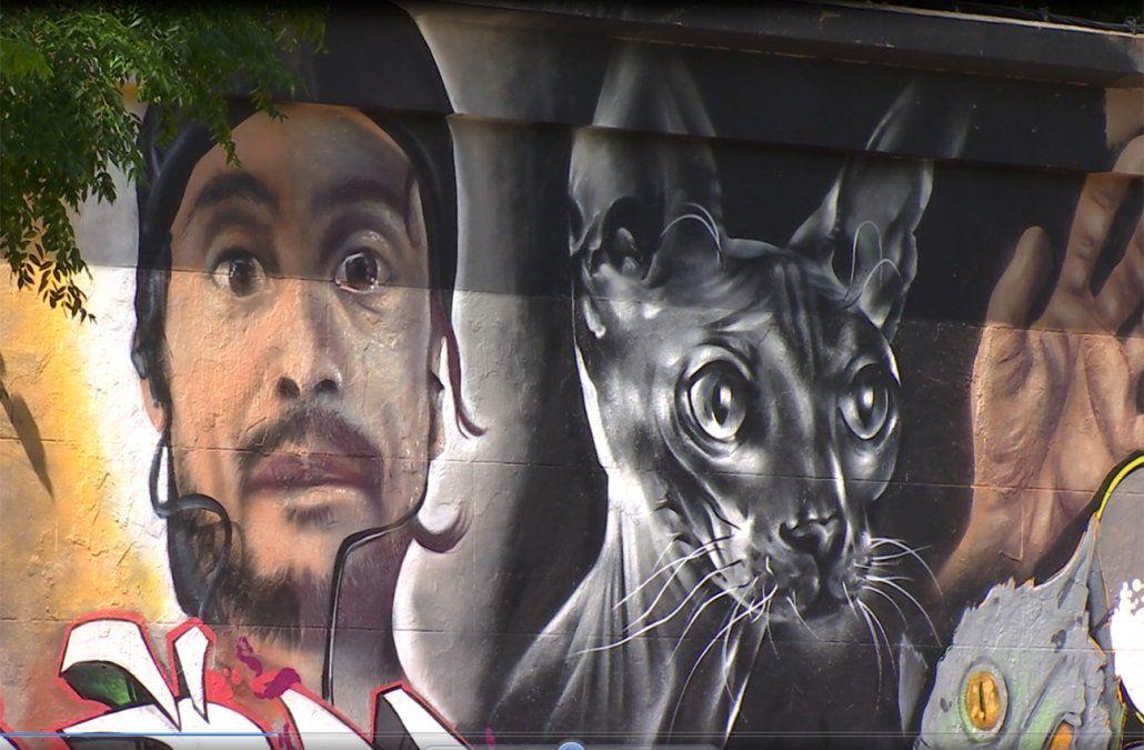 Grafiteros dejan la huella de Felipe Cabral en todos los rincones de la ciudad