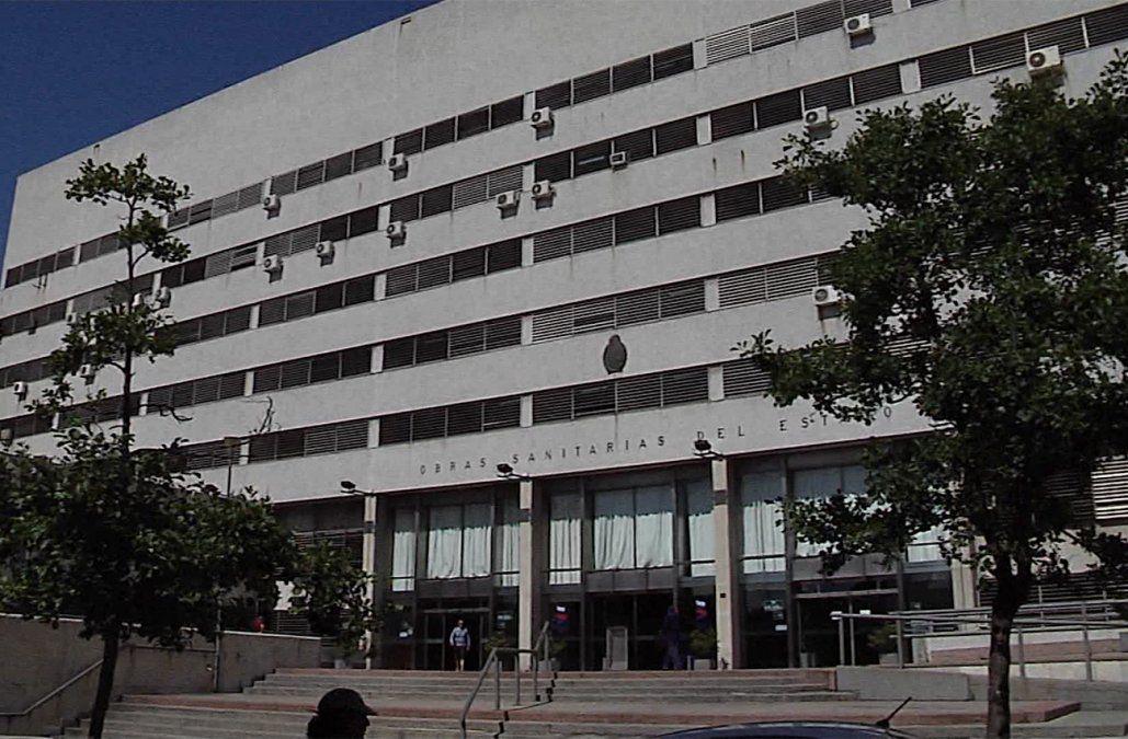 OSE sumarió a funcionario por supuestas irregularidades en compras de soda cáustica