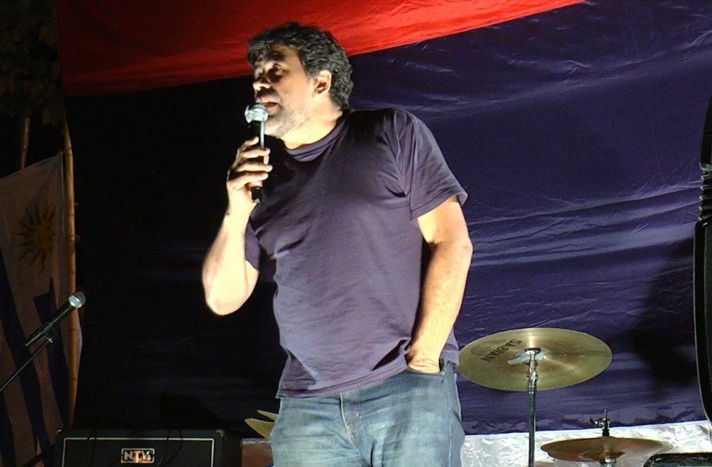Andrade invitó a todos los precandidatos a trabajar gratis los sábados en barrios pobres